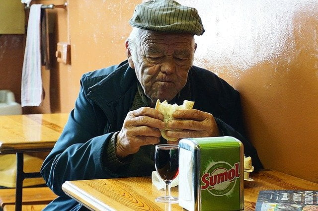 falta-de-apetito-en-ancianos
