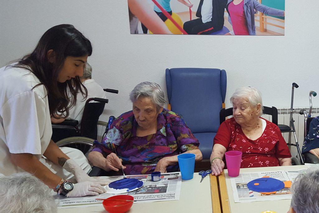 precios residencias ancianos Almería